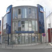 Die Krumbacher Raiffeisenbank in der Luitpold-Straße.
