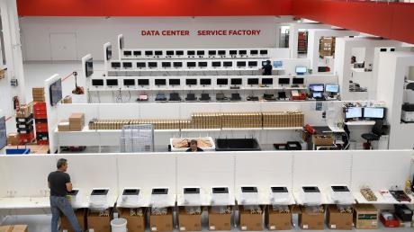 Cancom_Logistik_Service_Factory_Juli18_244.JPG