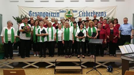 Sänger und Publikum hatten Freude am Sommerkonzert, zu dem der Liederkranz Bubesheim die Chorgemeinschaft aus Waldstetten eingeladen hatte.
