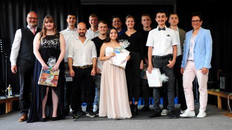 Die Freiherr-von-Stain-Mittelschule Ichenhausen hat ihre besten Entlass-Schüler geehrt.