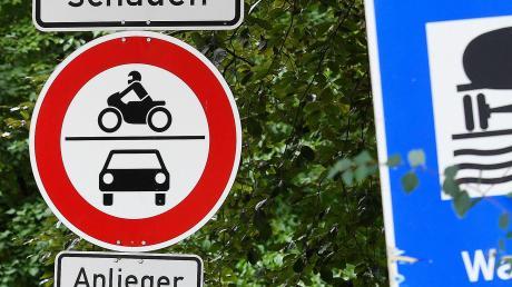Seit Ende März ist die Leibistraße am Rande des Nauwalds für den motorisierten Verkehr gesperrt.