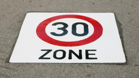 Im Offinger Marktgemeinderat gab es jetzt auch Informationen zum Sachstand einer 30er-Zone im Ortsteil Schnuttenbach.