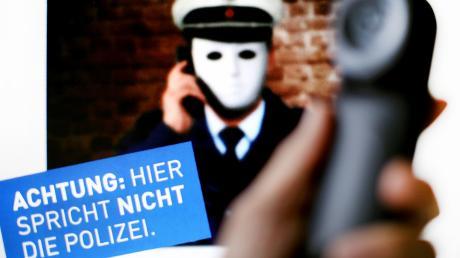 Copy%20of%20Falsche_Polizisten.tif
