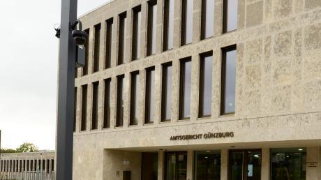 Vor dem Amtsgericht in Günzburg wurde der Fall verhandelt.
