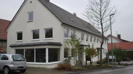 In diesem ehemaligen Bauernhaus hat Alois Kober 1931 den Grundstein für das heute weltweit erfolgreiche Unternehmen Alko gelegt. Jetzt will die Gemeinde das Gebäude generalsanieren und zu einem Dorfgemeinschaftshaus machen.