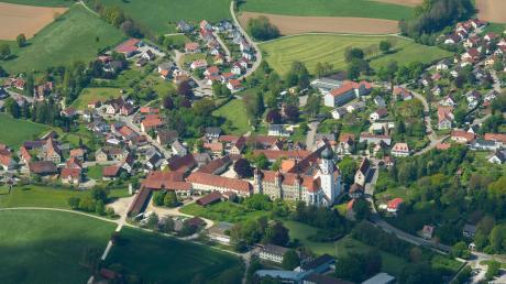 """Im neuen Regionalplan wird Kammeltal – hier zu sehen der Ortsteil Wettenhausen – als Gebiet mit """"besonders landwirtschaftlicher Vielfalt, Eigenart und Schönheit"""" gelobt."""
