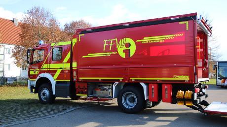 300 PS stark und allradgetrieben ist der neue Versorgungslastwagen für die Feuerwehr Ichenhausen.