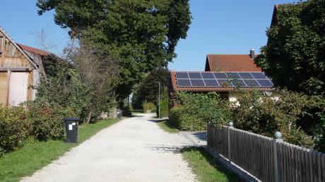 Die große Mehrheit der Anlieger der Sackgasse Am Hopfenberg im Ellzeeer Ortsteil Stoffenried wehrt sich gegen einen sehr teuren Vollausbau.