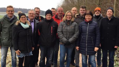 Die Kandidaten der UWR/R für den nächsten Gemeinderat in Röfingen mit Bürgermeister Hans Brendle (Dritter von links), der weitermachen will.