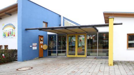 Der Kindergarten Johann Breher in Jettingen-Scheppach erhält an der Westseite einen Anbau. Dort entsteht eine Kinderkrippe mit zwei Gruppen und insgesamt 29 Plätzen.