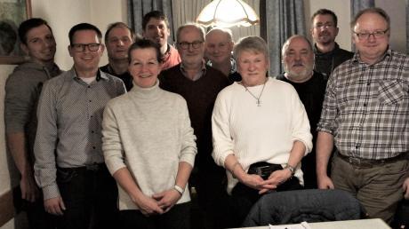 Dreizehn Kandidatinnen und Kandidaten wurden bei der Nominierungsversammlung der Freien Wählervereinigung Hausen gewählt.
