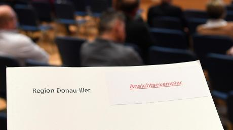 Der Regionalplan, hier bei einer Veranstaltung in Günzburg.