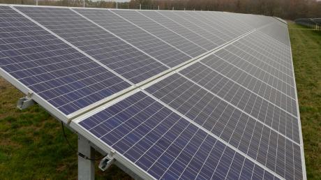 Zwischen Leipheim und Riedheim kann eine Fotovoltaik-Fläche entstehen.