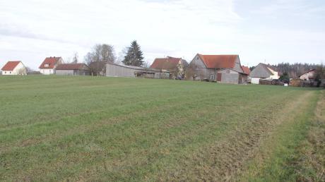Am nordwestlichen Rand des Ortsteils Ried weist die Gemeinde Kammeltal ein neues knapp 10 000 Quadratmeter großes Siedlungsgebiet für zehn bis zwölf Baugrundstücke aus.