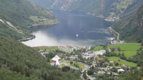 Einer der berühmtesten Fjorde Norwegens, der Geirangerfjord, der allerdings unter dem Touristenansturm leidet. Die Regierung will dieses Naturwunder künftig besser schützen.