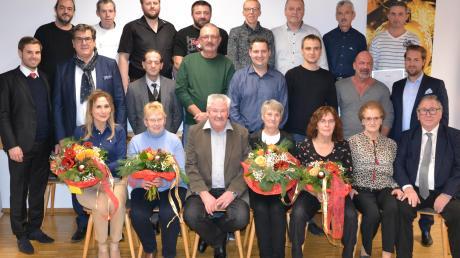 Die Bubesheimer Firma Kögl würdigte unlängst Mitarbeiter für deren Betriebszugehörigkeit und verabschiedete vier Personen in den Ruhestand.