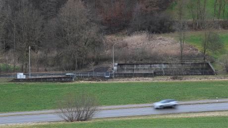 Nahe der alten Kläranlage von Dürrlauingen ereignete sich am 2. Juni 2019 ein Mordversuch. Hier griff ein 18-Jähriger einen 15 Jahre alten Bekannten hinterrücks mit einem Messer an. Das es so war, ist erwiesen. Jetzt muss der Täter für längere Zeit in die Psychiatrie.