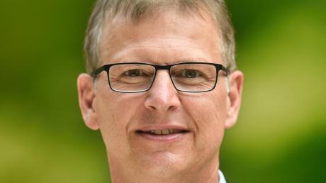 Robert Strobel bleibt Bürgermeister in Ichenhausen.