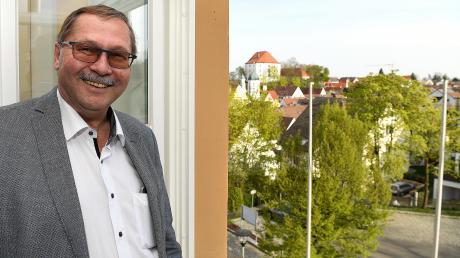 Konrad Barm hat von seinem Amtszimmer im Rathaus aus einen schönen Blick über die Burgauer Innenstadt. Diesen wird bald sein Nachfolger Martin Brenner haben, dem Barm in der Stichwahl unterlegen ist.