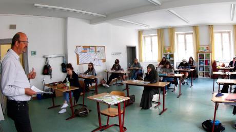 So sieht der Unterricht für die Abiturientinnen im Maria-Ward-Gymnasium aktuell aus.