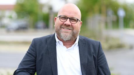 Bibertals Bürgermeister Oliver Preußner erinnert sich gerne an die Umgestaltung des Bürgermeister-Jäckle-Platzes in Kissendorf. Das Ein-Millionen-Projekt sei mit der größten Zustimmung im Gemeinderat umgesetzt worden.