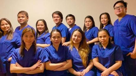Bislang arbeiten zwölf Frauen und Männer als Pflegekräfte in den verschiedenen Abteilungen der Fachklinik in Ichenhausen. Und es könnten noch mehr kommen.