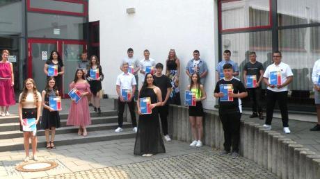 Die Absolventen der Mittelschule Leipheim wurden feierlich verabschiedet.