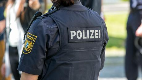 Innerhalb des Personalrats des Augsburger Polizeipräsidiums gärt es. Die Deutsche Polizeigewerkschaft wollte erwirken, dass eine Frau aus dem Gremium ausgeschlossen wird. Und scheiterte damit nun.