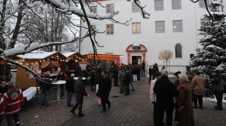 Der Weihnachtsmarkt im Burgauer Schlosshof muss dieses Jahr ausfallen.