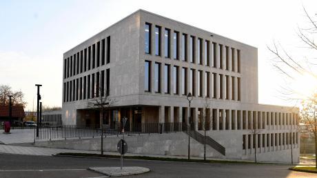 Ein Krumbacher  weigerte sich, bei der Verhandlung vor dem Amtsgericht Günzburg eine Maske zu tragen.