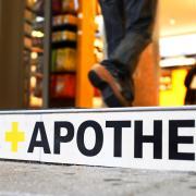 Vor dem Verwaltungsgericht gescheitert ist jetzt eine Apothekerin aus Jettingen-Scheppach mit ihrer Klage gegen einen Bescheid des Landratsamts Günzburg.