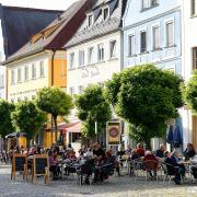 In den Sommermonaten waren die Gaststätten und Restaurants in Günzburg häufig gut besucht – aber wie sieht es in Zeiten von Corona im Herbst und Winter aus? Die Stadt Günzburg plant zusammen mit der Cityinitiative einige Aktionen, um Gastronomen und Händler zu unterstützen.