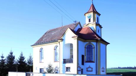 Bei der Kirche St. Maria Magdalena in Eichenhofen sollen der Dachstuhl saniert und die Dacheindeckung erneuert werden. Die Gemeinde Haldenwang beteiligt sich mit einem Zuschuss.