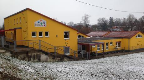 """Die Erweiterung des Kindergartens """"Haus der kleinen Hände"""" in Burtenbach gerät unter Zeitdruck."""