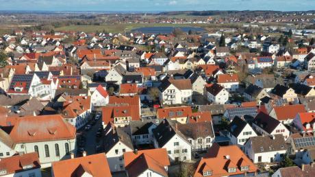 Die Innenstadt von Ichenhausen ist eng bebaut. Im Quartier 5 sollen zwischen Ludwigstraße und Ostergasse ein Spielplatz und ein Quartiersgarten neue Lebensqualität schaffen.