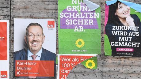Eine Plakatwand wie hier in Hochwang überlegt die Gemeinde Kötz vor allem für Wahlen zur politischen Werbung zu errichten.