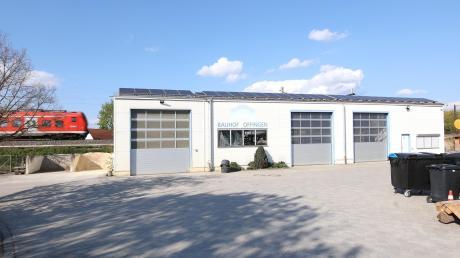 Der Offinger Bauhof erhält eine Lager- und Fahrzeughalle. Verhandlungen mit der Deutschen Bahn hatten den Neubau verzögert.