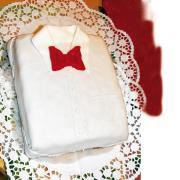 Ein Hemd zum Geburtstag für den Papi: So können die kleinen Hobby-Bäcker dem Vater eine Freude machen.