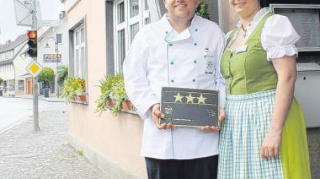Silvia und Uwe Landgraf freuen sich über drei Sterne für den Landgasthof Fischer in Altenstadt.