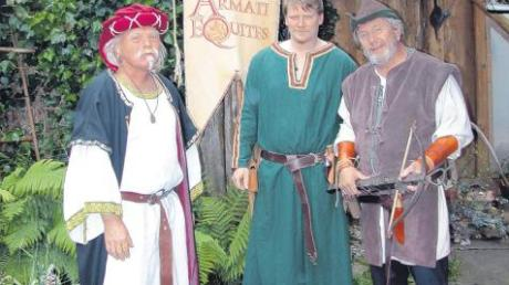 Die Armati Equites, von links: Hubert Mayer (Ausschuss), Mark Braune (stellvertretender Vorsitzender), Erich Wieluch (Vorsitzender).