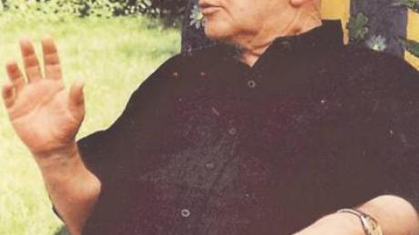 Pfarrer i. R. Theo Kratz ist im 90. Lebensjahr gestorben.