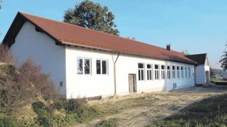 Als Gemeinschaftsprojekt von Gemeinde und SV Oberroth ist die Erweiterung des Vereinsheimanbaus zügig vorangeschritten.