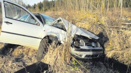 Eine 41-Jährige aus dem Unterallgäu ist am Montagabend von der Staatsstraße zwischen Osterberg und Babenhausen schwer verunglückt.