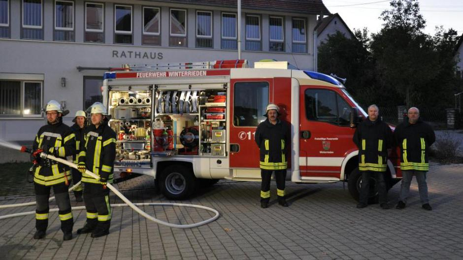 Winterrieden: Segen fürs neue Feuerwehrfahrzeug - Nachrichten ...