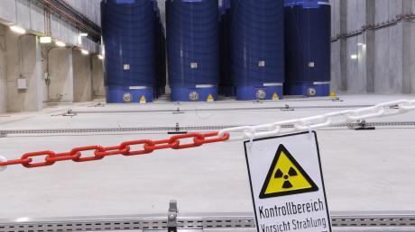 Noch lagert der Atommüll in Zwischenlagern, wie hier in Gundremmingen. Der Weg zum Endlager ist noch weit.