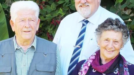 60 Jahre sind Thekla und Fritz Kircher verheiratet und haben das Fest der Diamantenen Hochzeit gefeiert. Bürgermeister Karl Janson kam zum Gratulieren.