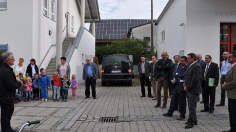 Zum Auftakt seines Stimmkreisbesuchs wurde Innenstaatssekretär Gerhard Eck in Oberroth empfangen.