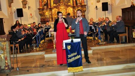 Niveauvolle Blasmusik, weihnachtliche Geschichten und einfühlsamer Gesang: Das Kirchenkonzert der Rothtalmusikanten sorgte für besondere Stimmung.