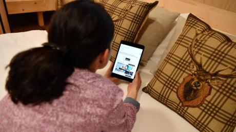 In Buch können Bürger in Zukunft im Internet surfen und telefonieren gleichzeitig.