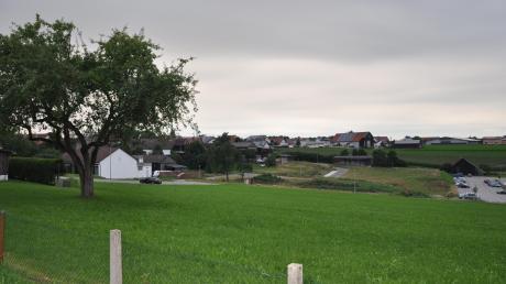Bei einem Bürgerentscheid können die Wahlberechtigten aus Oberschönegg und den Ortsteilen entscheiden, ob sie für die Errichtung eines Dorfgemeinschaftshauses östlich des Oberschönegger Schützenheims sind.